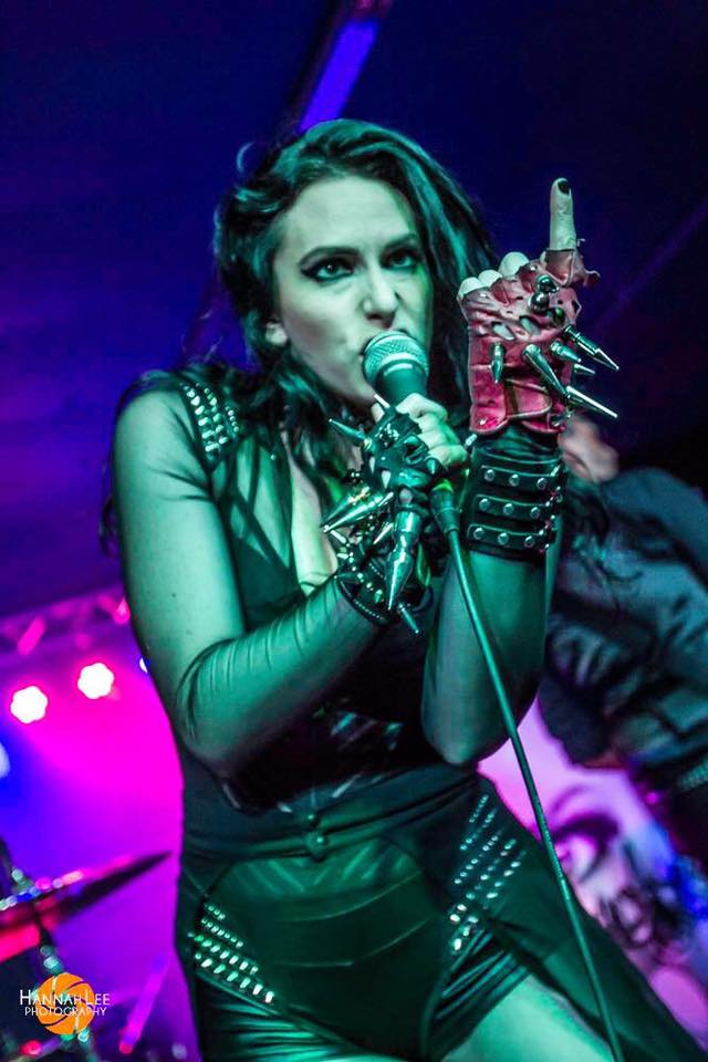 MADAME MAYHEM ON TOUR WITH SEVENDUST THIS WEEK!