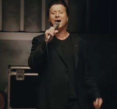 "Steve Perry - ""No Erasin'"" - new song and full release on Oct 5th"