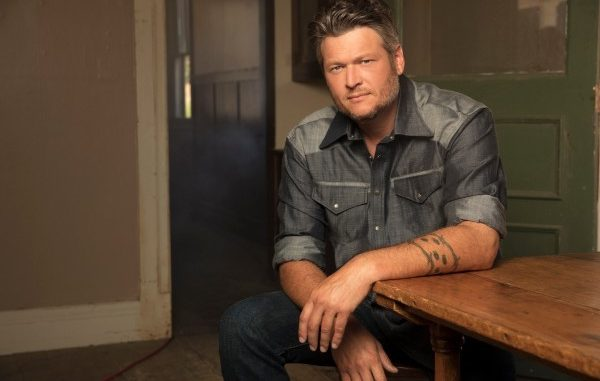 Blake Shelton Announces Billy Bob's Texas Free Pop Up Concert