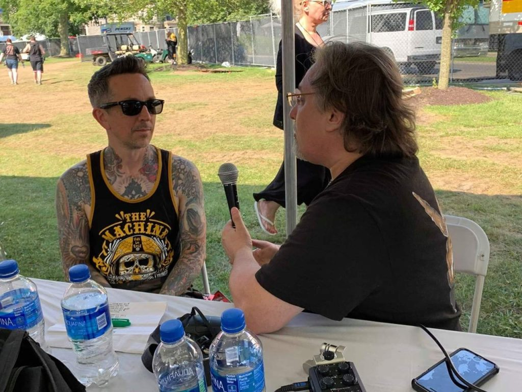 #574 MTRS – Kevin Roentgen (Buckcherry), The Suede Brothers